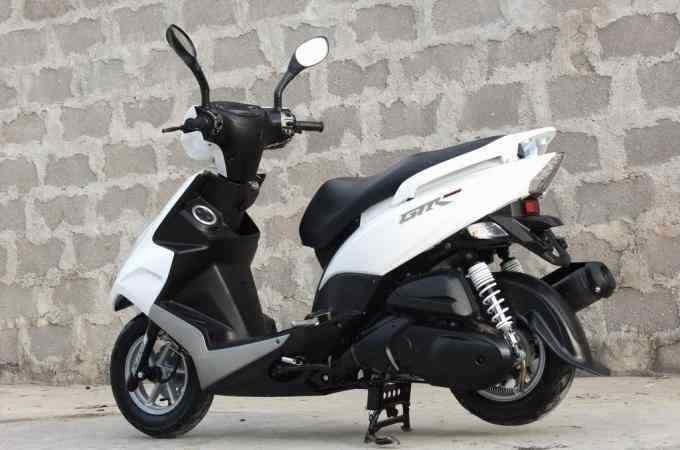 雅马哈摩托车gtr125